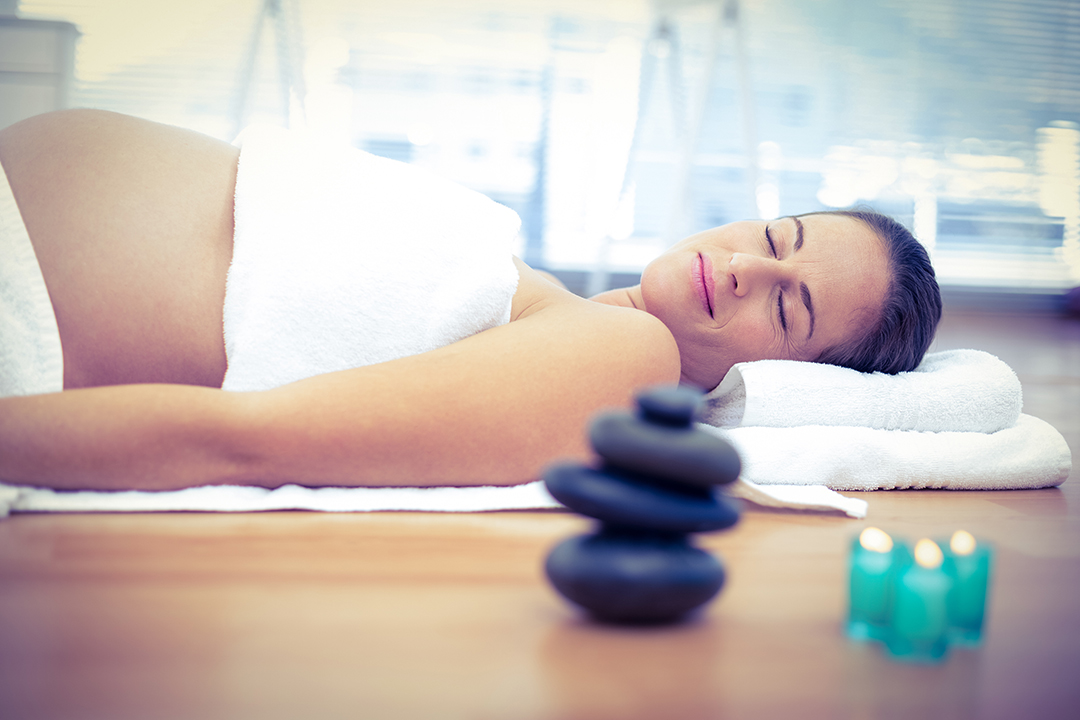 hotstone-pregnancy-massage-1080